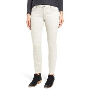 Eileen Fisher Stretch Frayed Ankle Jeans 8